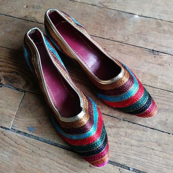 Shoes   6 For 25 Unusual Embroidered